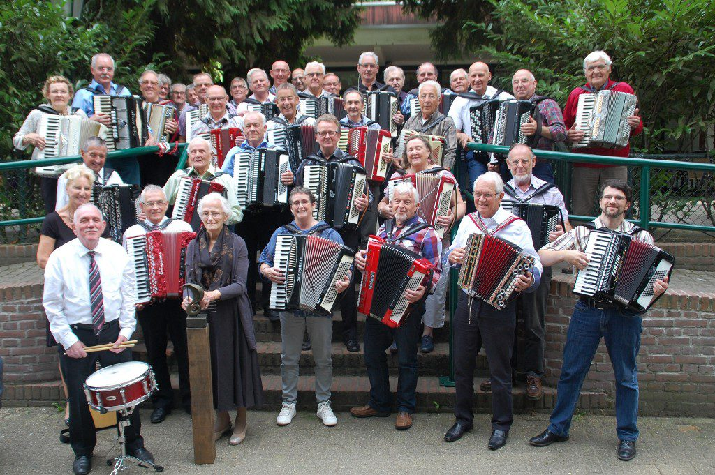 Groepsfoto accordeonisten 2016